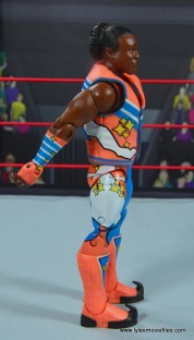wwe elite xavier woods figure review -right side