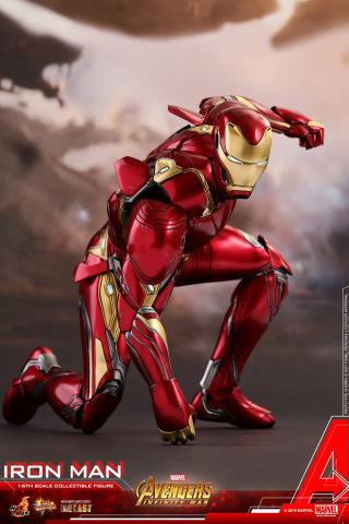 hot toys avengers infinity war iron man figure - landing
