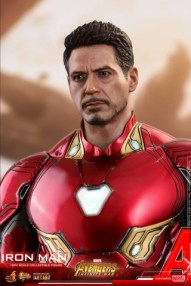 hot toys avengers infinty war iron man figure -tony stark head