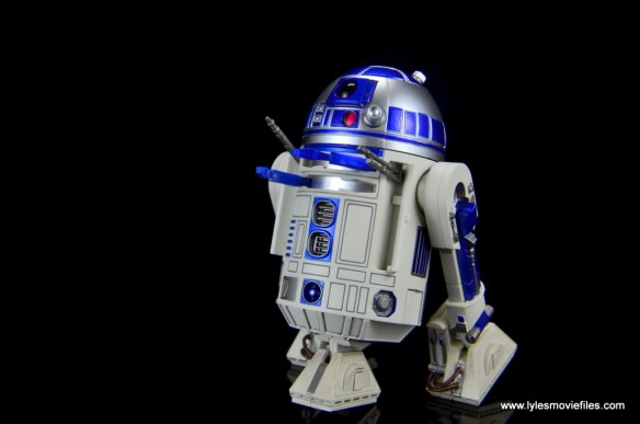 sh figuarts r2d2 figure review - all arm attachments out