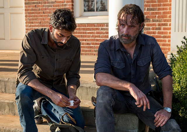 the-walking-dead-do not send us astray review siddiq and rick