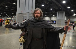 awesome con 2018 cosplay -last jedi luke skywalker