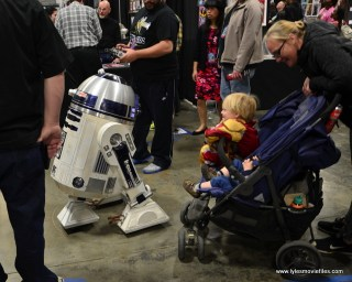 awesome con 2018 cosplay -r2-d2 and new pal
