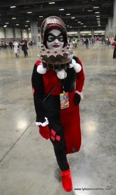 awesome con 2018 cosplay -trapped harley