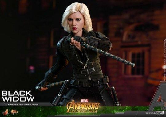 hot toys avengers infinity war black widow -fighting