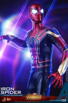 hot toys avengers infinity war iron spider-man figure -black lights