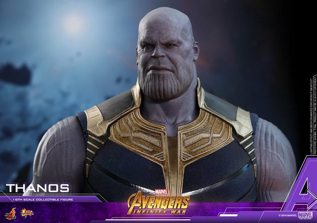 hot toys avengers infinity war thanos figure - wide shot