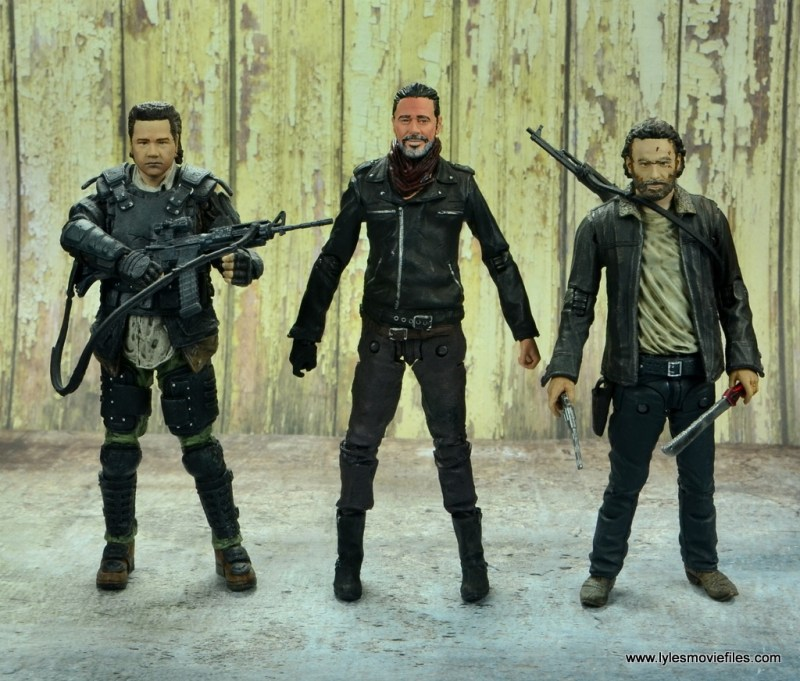 the walking dead negan figure review - scale with eugene and rick grimes