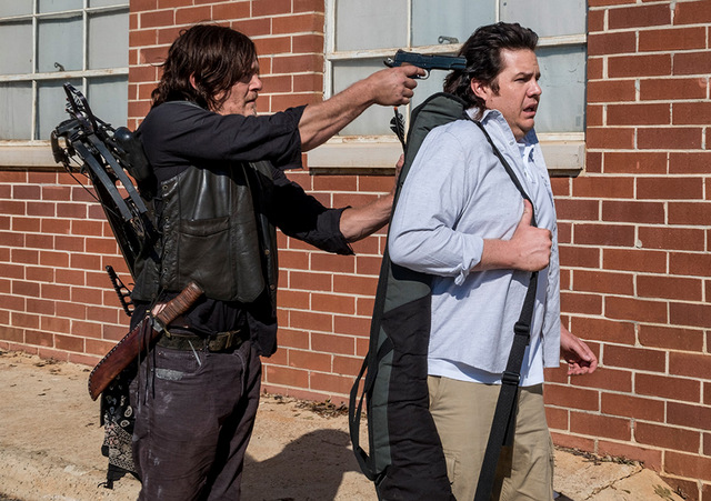 the walking dead worth review -daryl and eugene