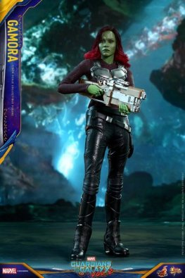 hot toys guardians of the gamora vol. 2 gamora figure - blaster and rocket pack