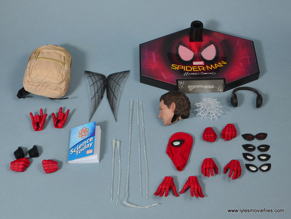 Hot Toys Spider Man Homecoming Figure Review Accessories Lyles