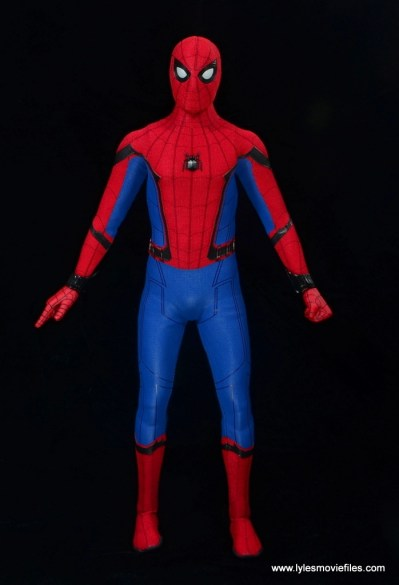 hot toys spider-man homecoming figure review - front