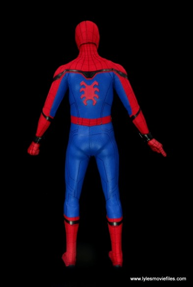 hot toys spider-man homecoming figure review - rear
