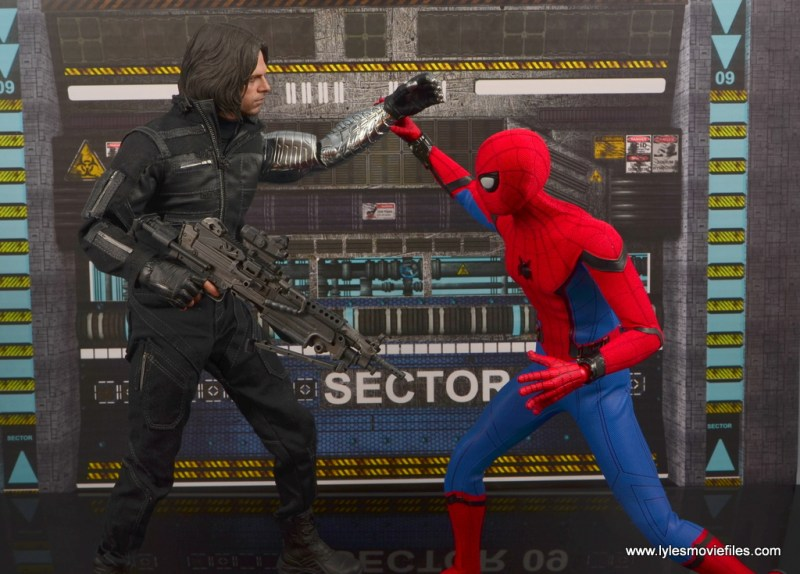 hot toys spider-man homecoming figure review - vs winter soldier