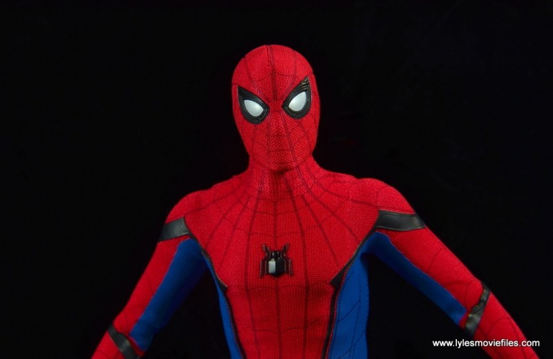 hot toys spider-man homecoming figure review - wide detail
