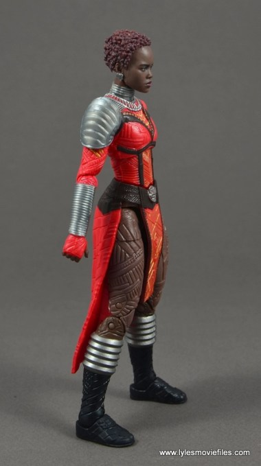marvel legends nakia figure review - right side