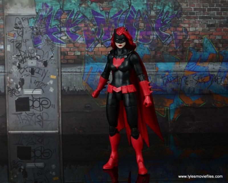 dc multiverse batwoman figure review - wide