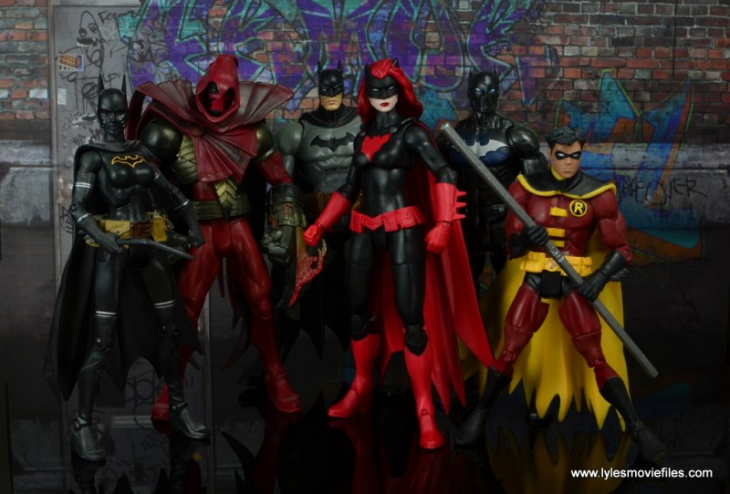dc multiverse batwoman figure review - with batgirl, azrael, batman, batwing and robin