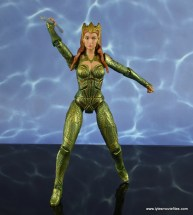 dc multiverse mera figure review - aiming spear