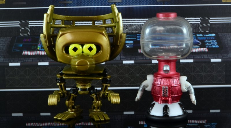 funko pop crow t. robot and tom servo figure review - main pic