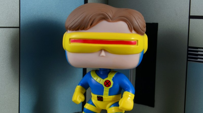 funko pop cyclops figure review - front