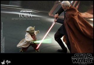 hot toys attack of the clones yoda figure -battling count dooku