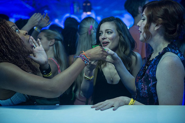ibiza movie review - phoebe robinson, gillian jacobs and vanessa beyer