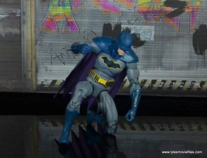dc essentials batman figure review -investigating