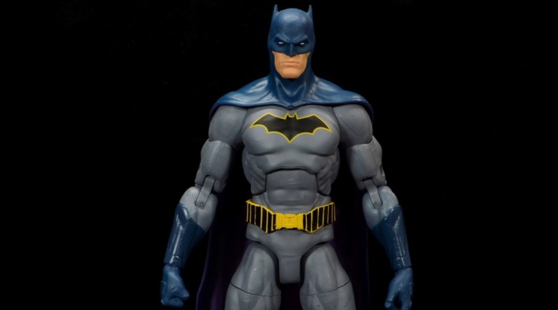 dc essentials batman figure review -main pic