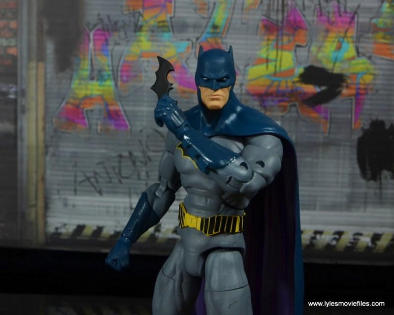 dc essentials batman figure review -raising batarang