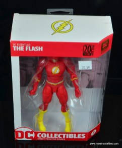 dc essentials the flash figure review - package top