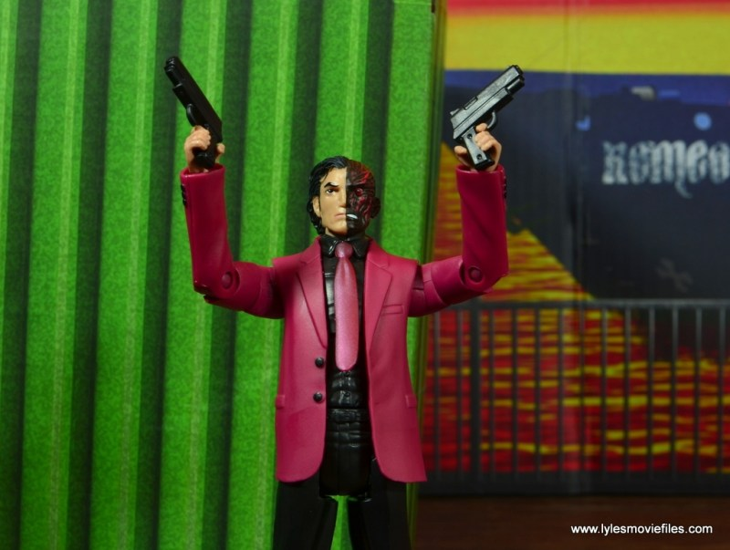 dc multiverse two-face figure review -guns up