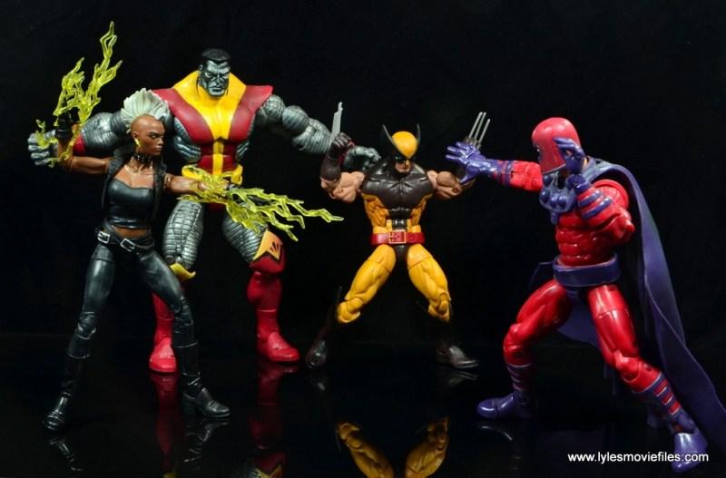 marvel legends storm figure review - fighting magneto