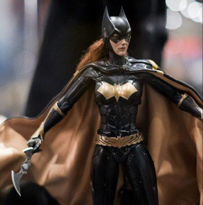 sdcc 2018 hot toys reveals -batgirl