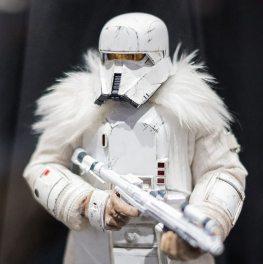 sdcc 2018 hot toys reveals -star wars range trooper