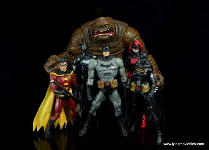 dc multiverse collect and connect clayface figure review -with robin, batwing, batman, batwoman and batgirl