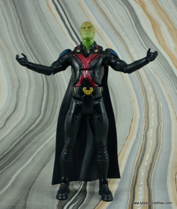 dc multiverse martian manhunter figure review - about to fly off