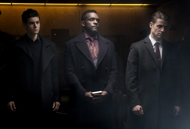 gotham that's entertainment review - bruce, lucius and gordon