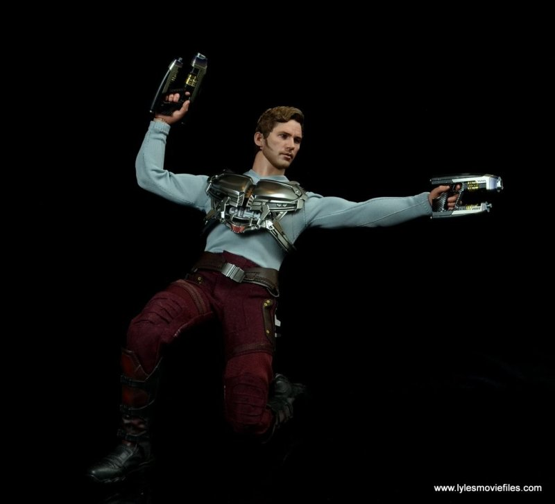 hot toys guardians of the galaxy vol. 2 star-lord figure review -on one knee
