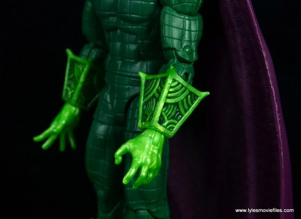 marvel legends mysterio figure review - gauntlet detail