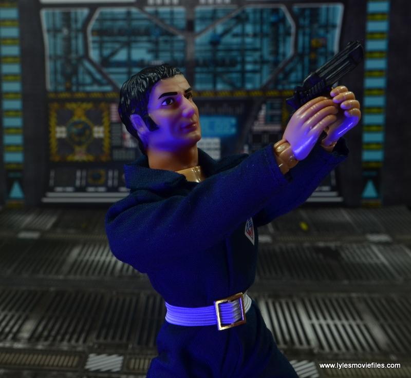 mego action jackson figure review - aiming gun
