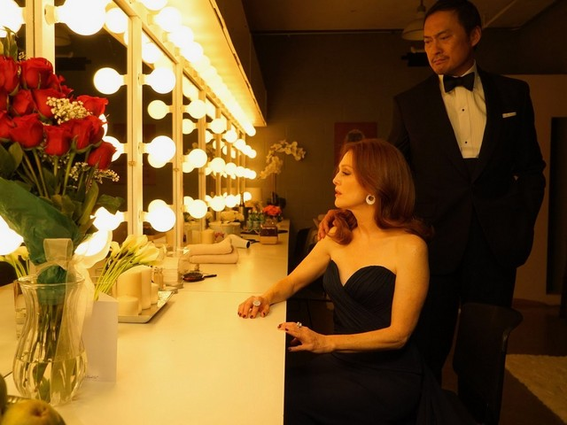 bel canto movie review - julianne moore and ken watanabe