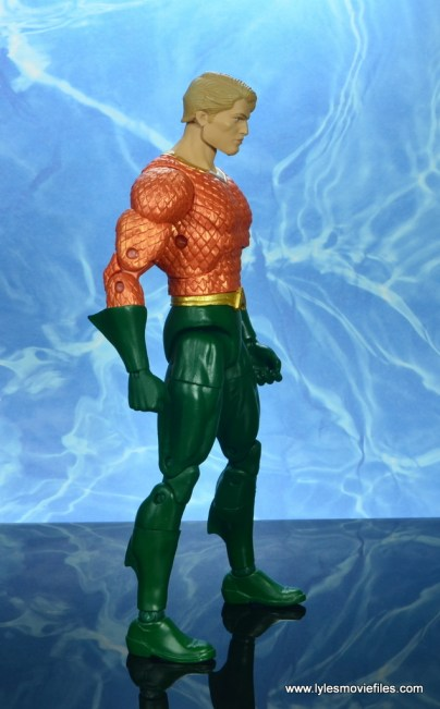 dc essentials aquaman action figure review - right side