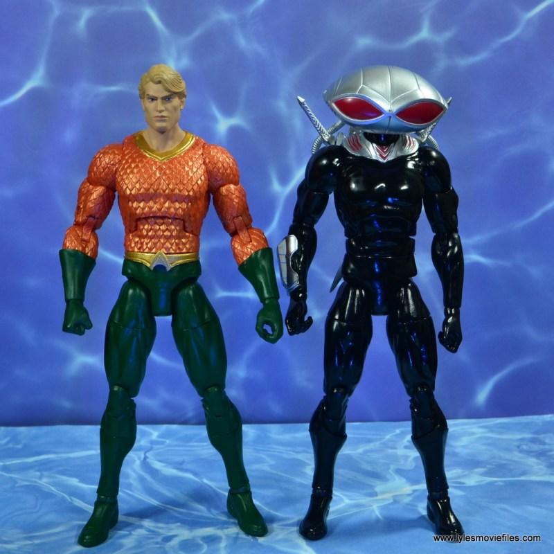 dc essentials black manta figure review -scale with aquaman