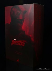 hot toys daredevil figure review - package front and side