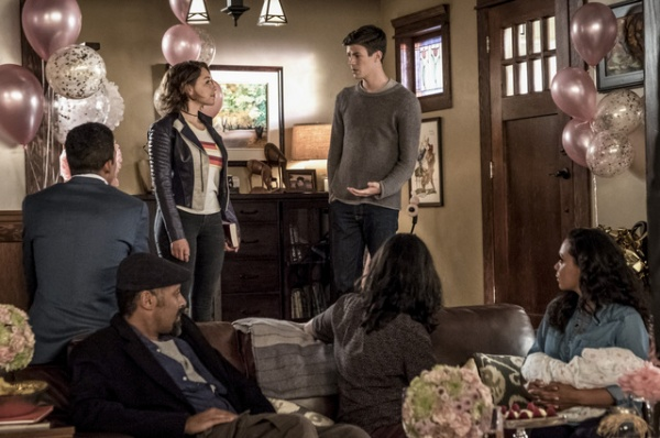the flash nora review - wally, joe, nora, barry, cisco and cecile