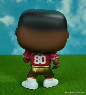 funko pop jerry rice figure review - rear