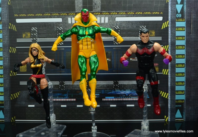 marvel legends vision figure review -landing with warbird and wonder man