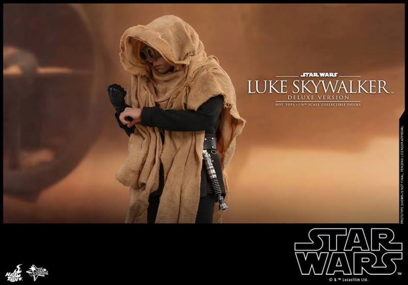 hot toys deluxe return of the jedi luke skywalker figure -putting on glove