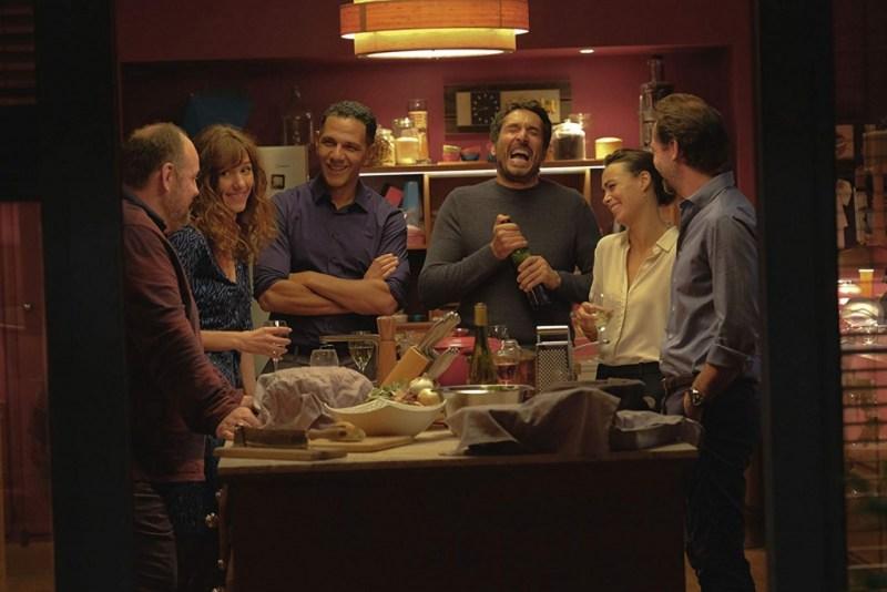 nothing to hide movie review - Bérénice Bejo, Vincent Elbaz, Roschdy Zem, Stéphane De Groodt, Grégory Gadebois, and Doria Tillier